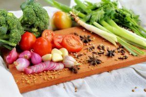 Gesundes Essen bei Abnehmen mit Diäten