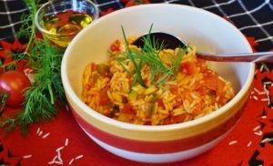 Low Carb Reis nach griechischer Art