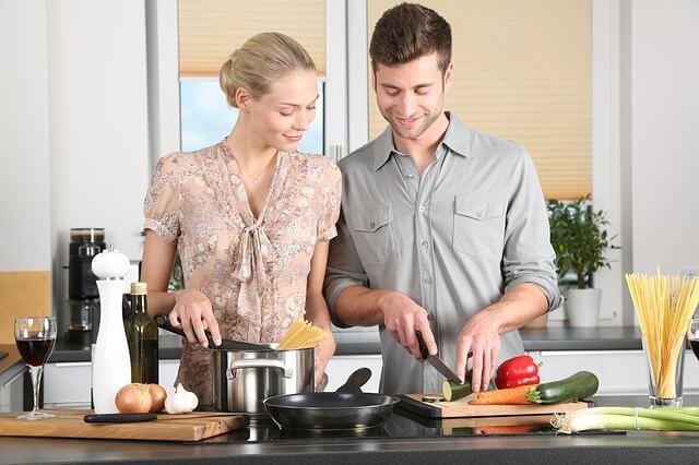 Passe deinen Ernährungsumstellung Plan an deinen Alltagsrhythmus an